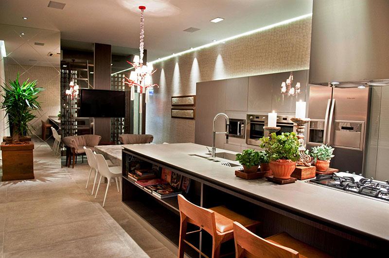 Projeto de cozinha gourmet ampla para casa de luxo