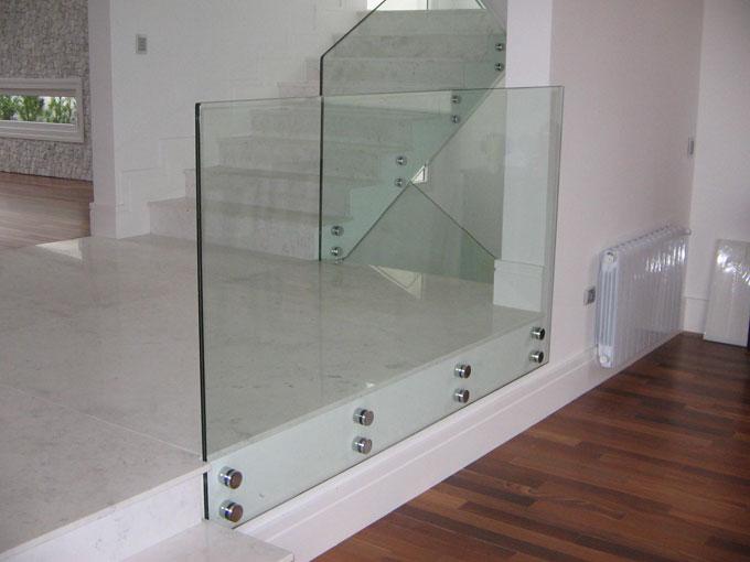 guarda corpo de mezanino de vidro laminado