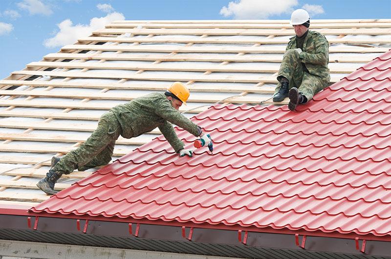 Montagem de um telhado colonial