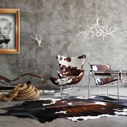 Ambiente decorado todo com a temática couro, em homenagem a Jacobsen