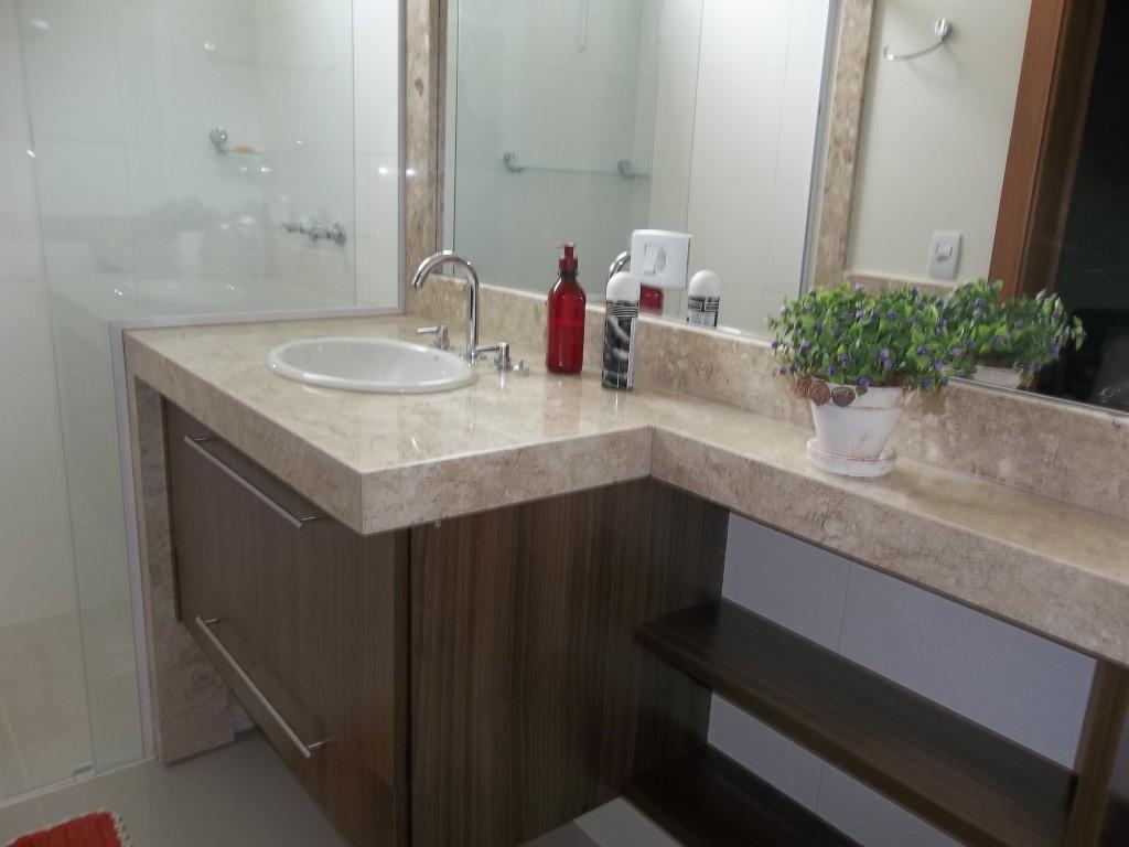 banheiro-social-marmore-travertino