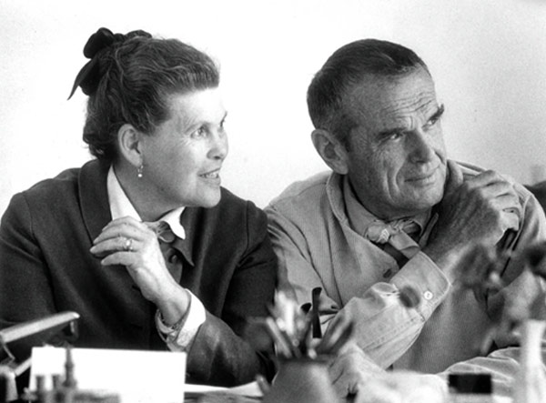 "Foto do casal Charles e ""Ray"" Eames"