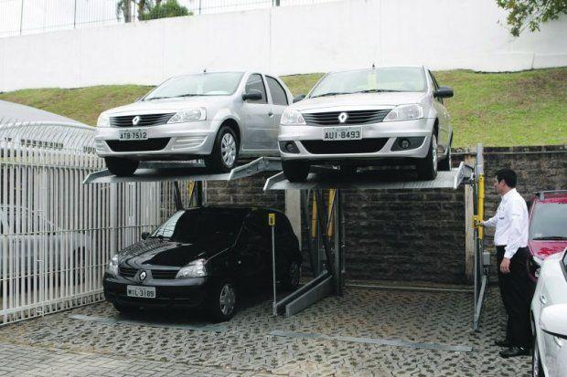 Duplicador de vagas automotivo em estacionamento ao ar livre