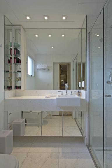 Espelhos para banheiro -> Banheiro Com Pastilha No Fundo