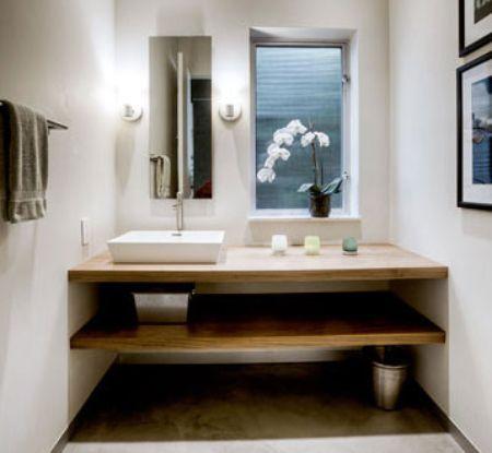 Espelho retangular para banheiro com espaço para vaso de orquídeas