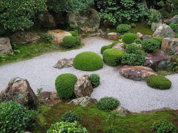 Modelo Zen de Jardim mesclando vegetação com meditação