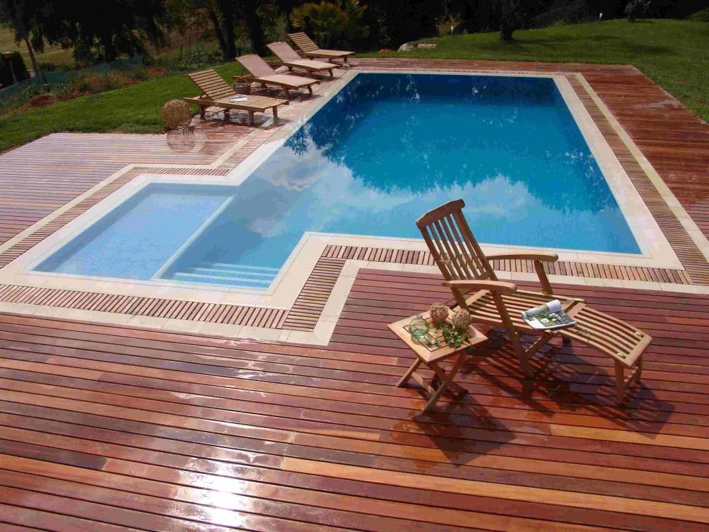 Piso de madeira para deck de piscina de vinil