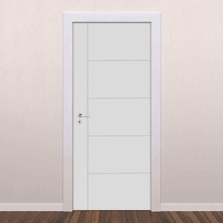 Porta interna de PVC frisada para abertura de ambientes internos