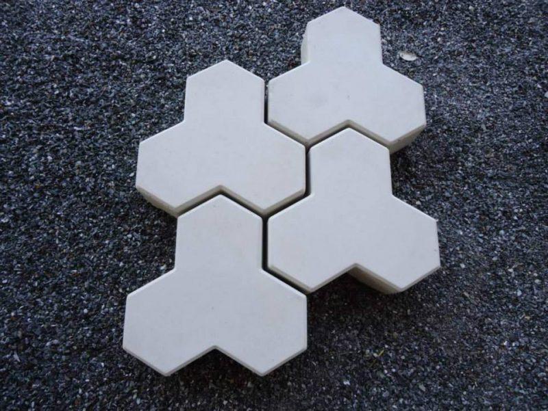 Bloquete de concreto 3 pontas