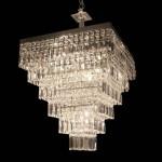 lustre piramidal em cristal para ambientes grandes