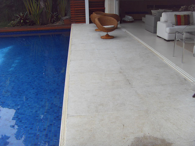piscina granito flameado