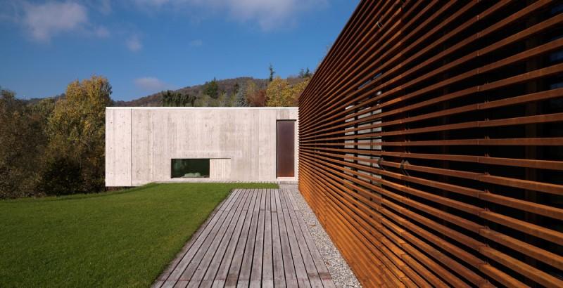 O aço corten émuito utilizado na composição de fachadas de residências e prédios contemporâneos