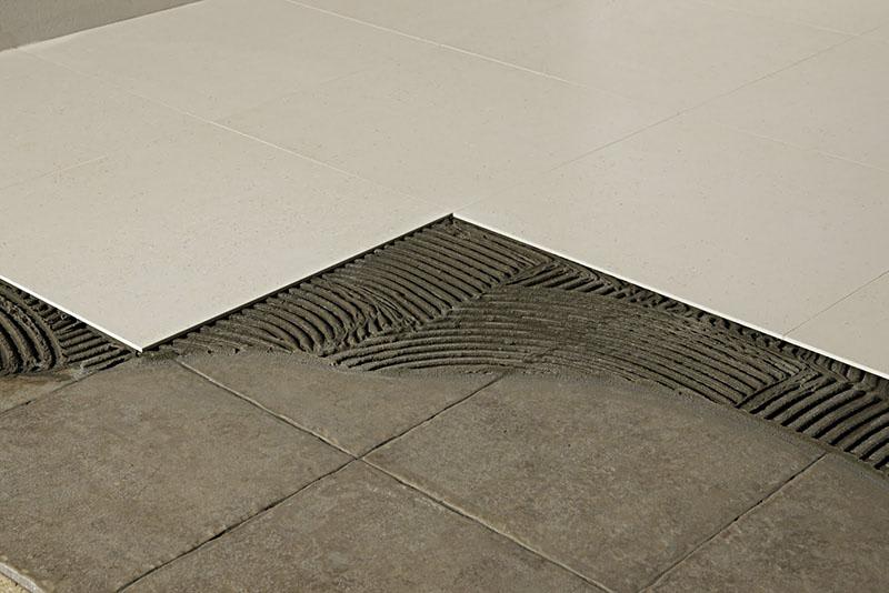 argamassa Usada no assentamento de piso sobre piso de concreto