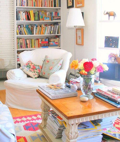 É possivel criar espaços para leitura mesmo em salas e ambientes residenciais, como nessa foto