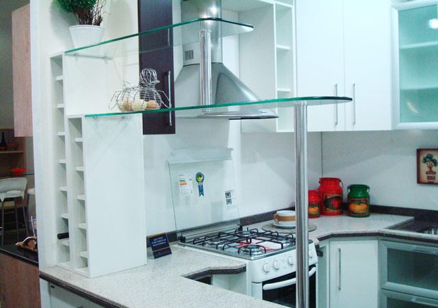 prateleira de vidro cozinha
