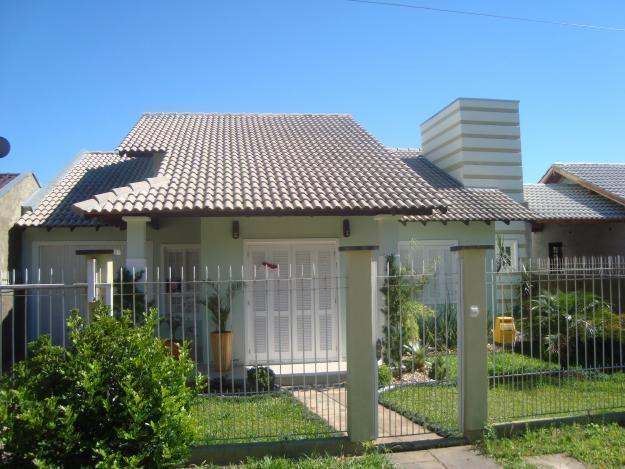 Projeto de residência com cobertura colonial com telha esmaltada