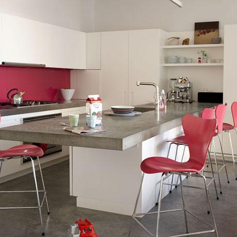 Além disso, pode ser usado para fazer outros objetos, como a bancada da cozinha