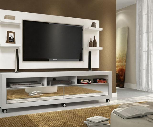 Estante completa para home theater com TV de tamanho bem grande