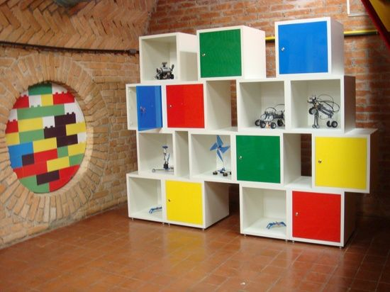 Estante colorida modular para a sala