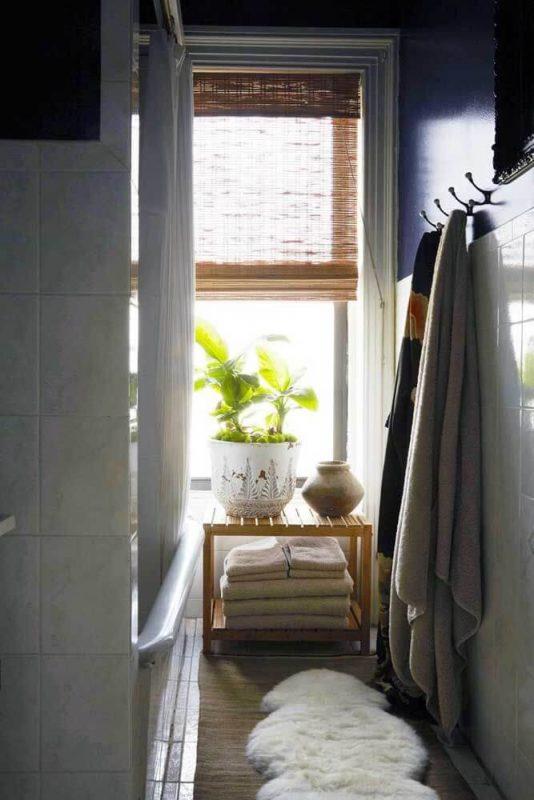 Cortina de banheiro feita de Bambu