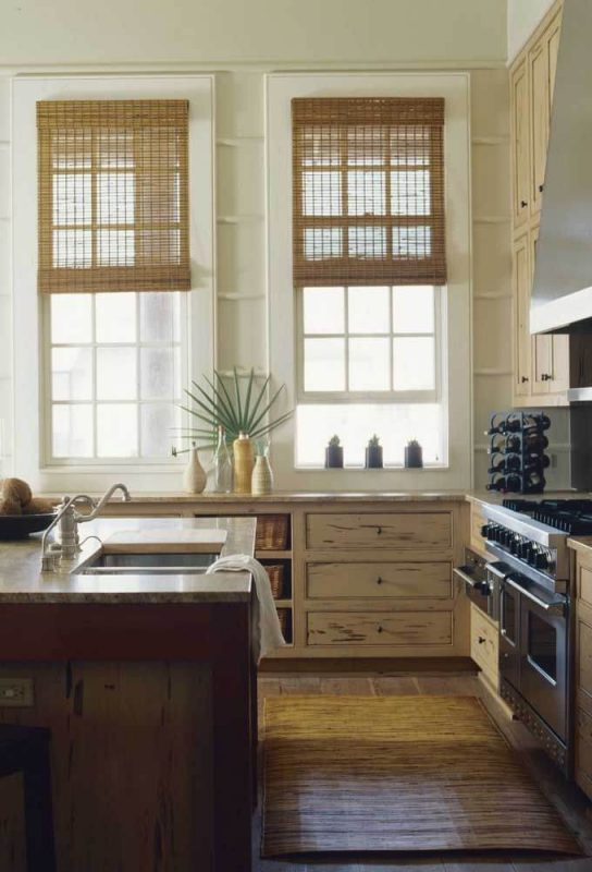 Ambiente da Cozinha protegido por Cortina de Bambu