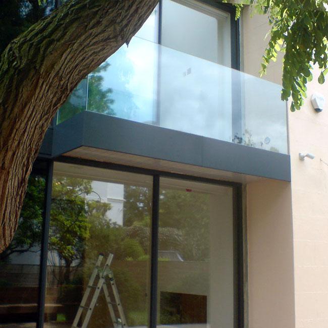 Sacada residencial ed vidro temperado sem apoio para as mãos em placa de vidro inteiriça
