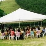 Tenda grande para comemoração de casamento