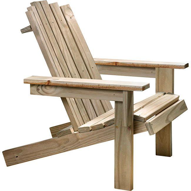 Esse modelo de cadeira de madeira é mais apropriado para exteriores, varandas e áreas e piscinas