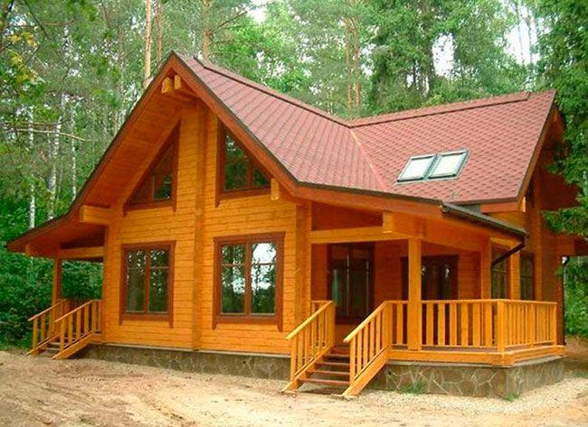 Um belo exemplo de construção de madeira: projeto de casa de campo em chalé de madeira