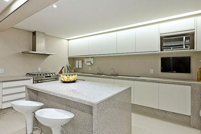 Cozinha em Granito Aqualux