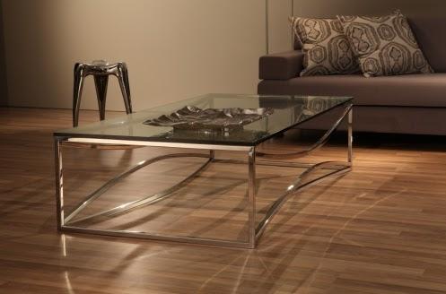 Mesa de centro com suporte em metal