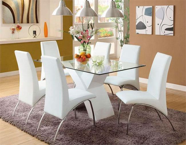 Mesa de vidro para sala de jantar com suporte branco e moderno