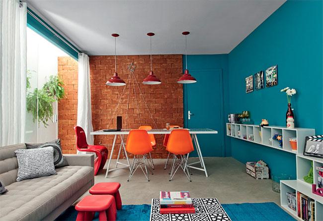 Várias cores compões essa sala de estar planejada