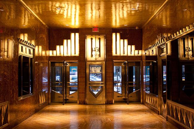 Arquitetura de interiores Art deco - mitas linhas retas e simetria
