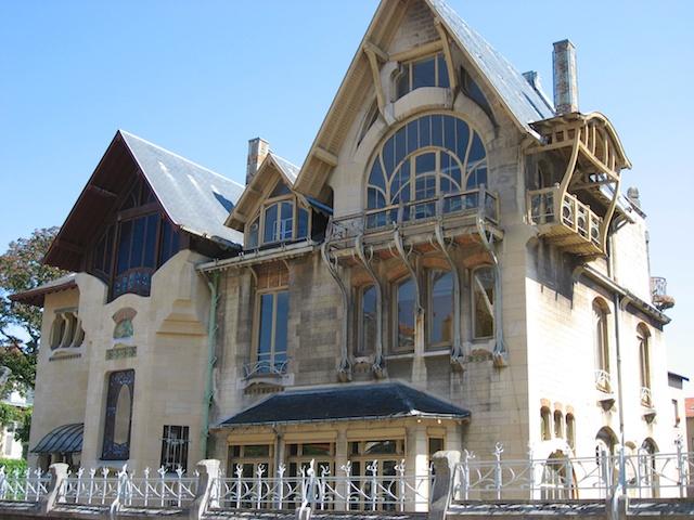 Projeto de casa contemporânea estilo Art Nouveau na França