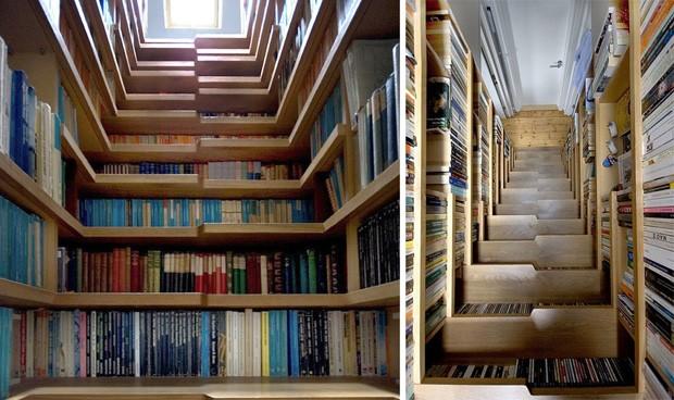 Estante para livros em escada