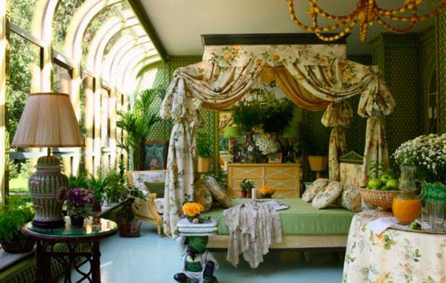 palmeiras no jardim de inverno no quarto