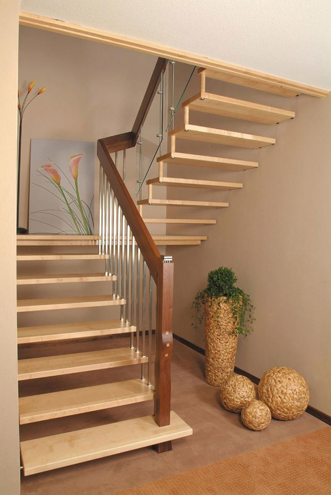 Escada em granito bege