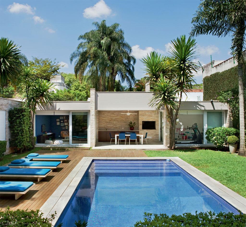Rea de lazer com piscina for Modelos de piscinas armables