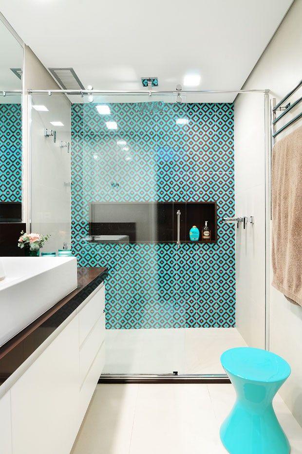 6 Ideias de Revestimentos para banheiro -> Banheiro Com Pastilha Na Parede Do Chuveiro