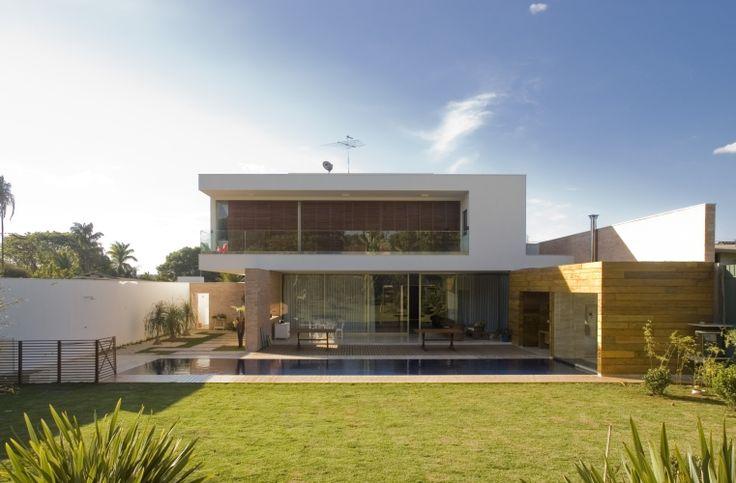 casa moderna com acabamento minimalista