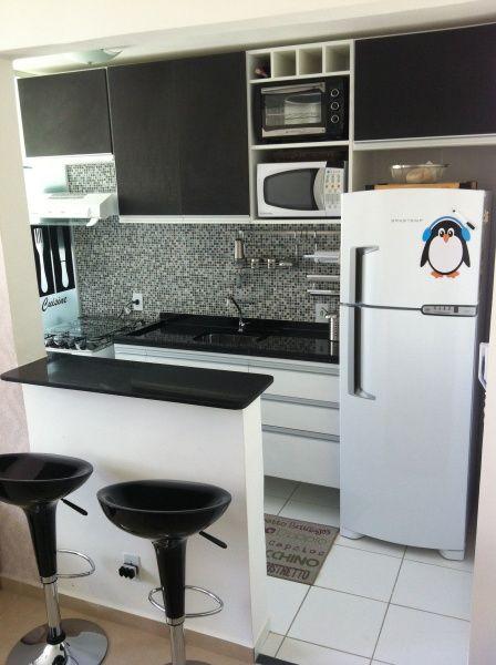 Bancada preta de cozinha preta