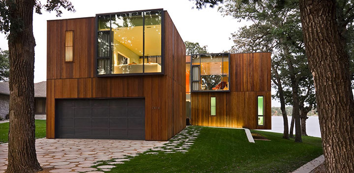 Fachada de sobrado moderno de madeira