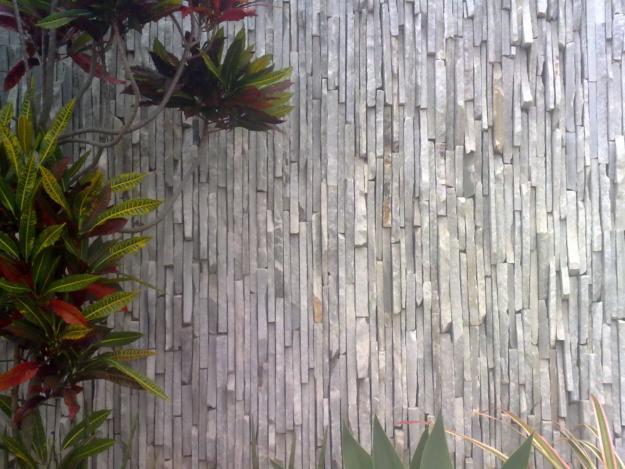 parede pedra pirenopolis filetada vertical