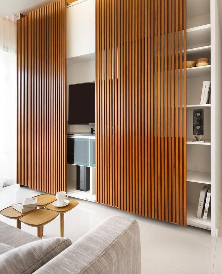 Modelo de porta de madeira para rack de TV na sala de estar