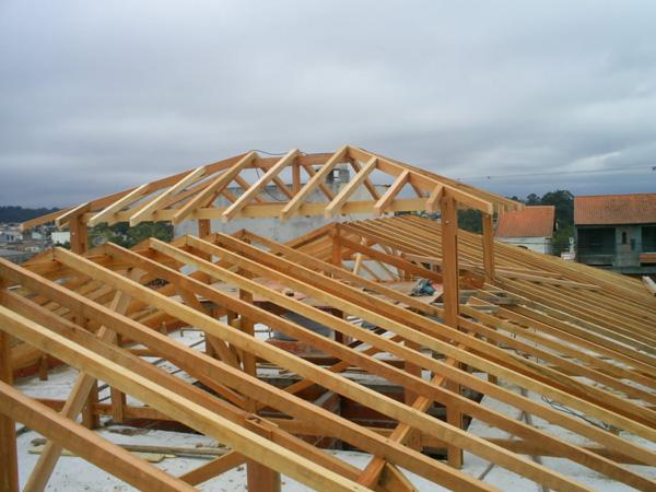 Madeiramento de telhado em garapeira
