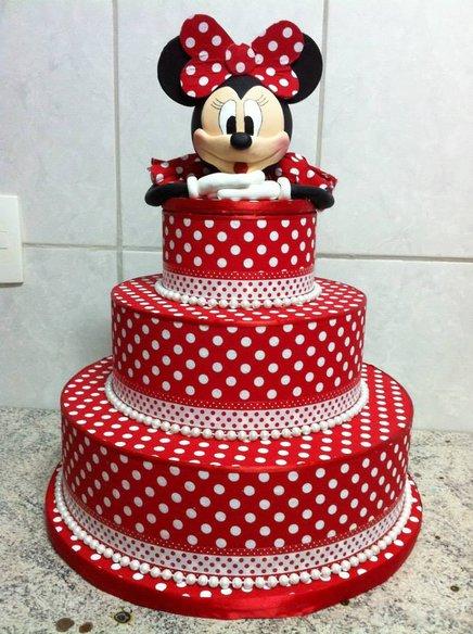 Bolo de aniversário decorado da Minnie Vermelha