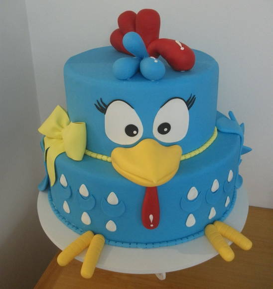 bolinho da galinha pintadinha para festa de aniversário