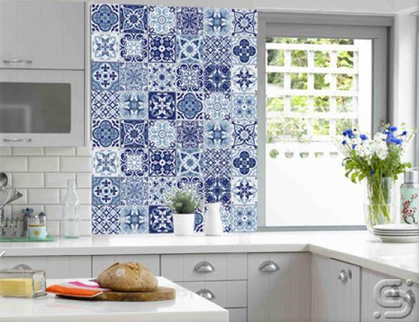 parede revestida com azulejos portugueses