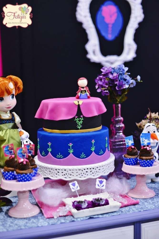 bolo da princesinha de Frozen